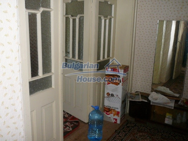 12530:45 - Cheap House between Plovdiv and Stara Zagora with vast garden