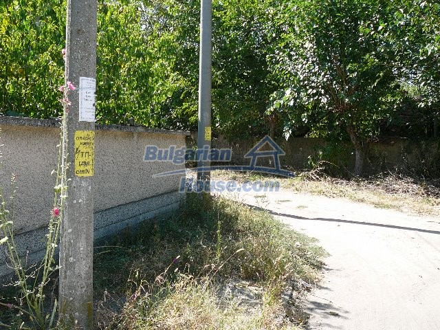 12530:79 - Cheap House between Plovdiv and Stara Zagora with vast garden