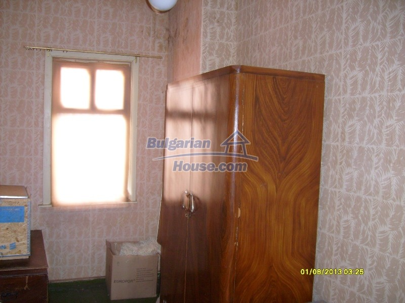 11819:13 - Sunny spacious house in Stara Zagora region
