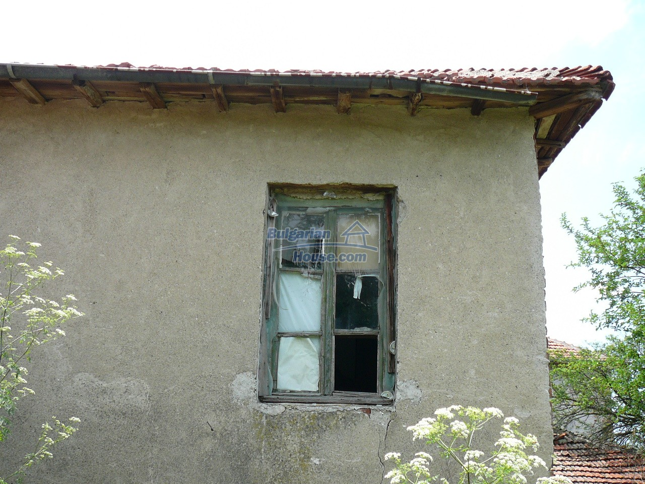 11515:8 - Cheap rural house with an extensive gardengreat investment