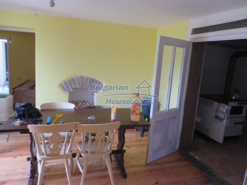 12592:7 - Partly renovated 3 bedrooms house 24 km from Veliko Tarnovo