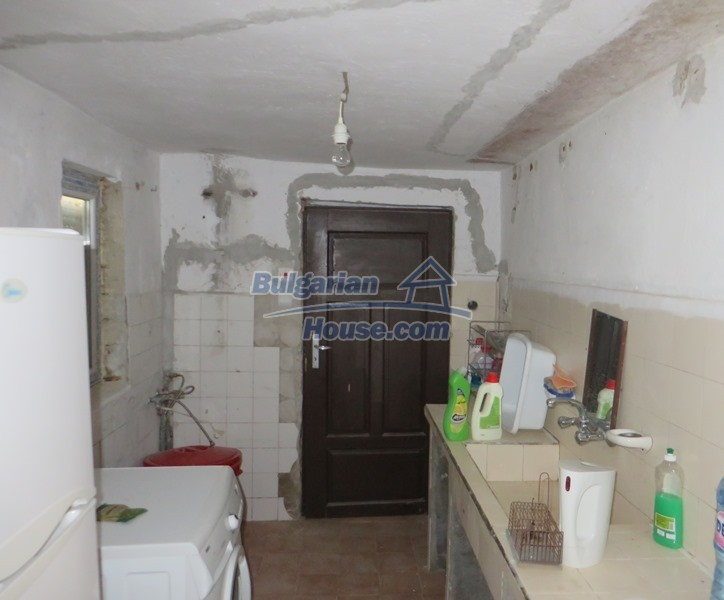 12592:9 - Partly renovated 3 bedrooms house 24 km from Veliko Tarnovo