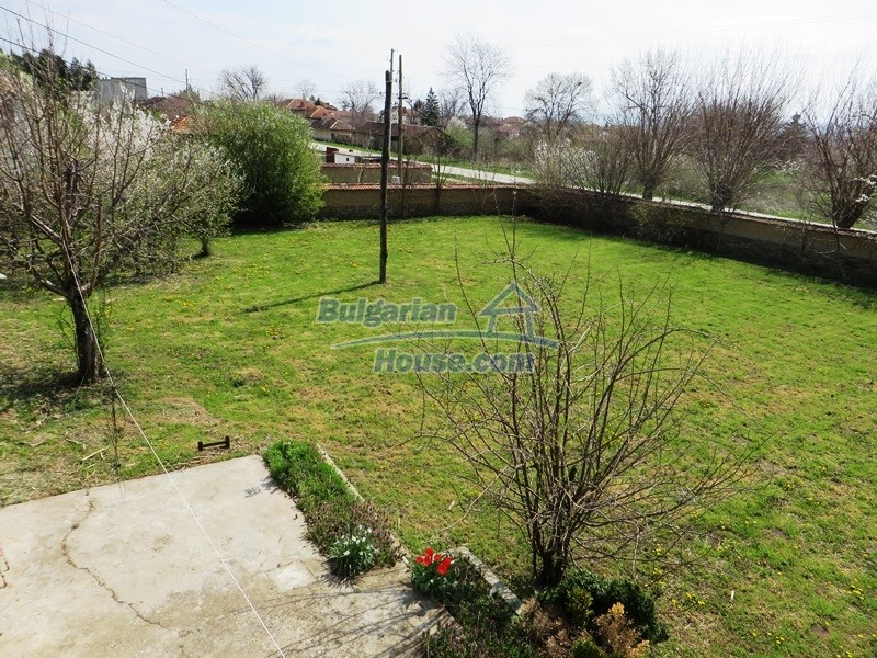 12592:18 - Partly renovated 3 bedrooms house 24 km from Veliko Tarnovo