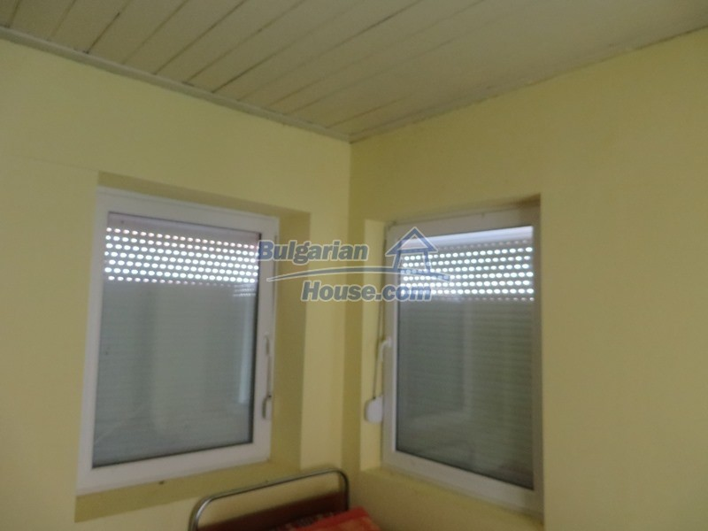 12592:23 - Partly renovated 3 bedrooms house 24 km from Veliko Tarnovo