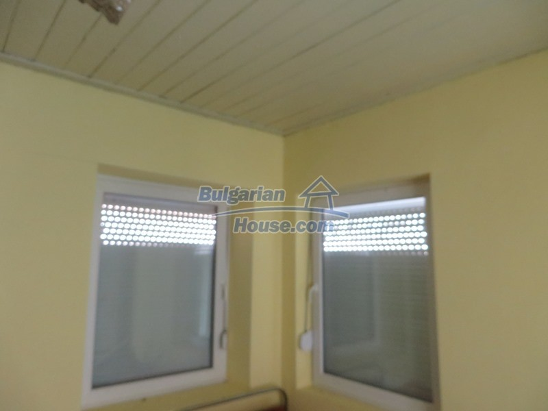 12592:22 - Partly renovated 3 bedrooms house 24 km from Veliko Tarnovo