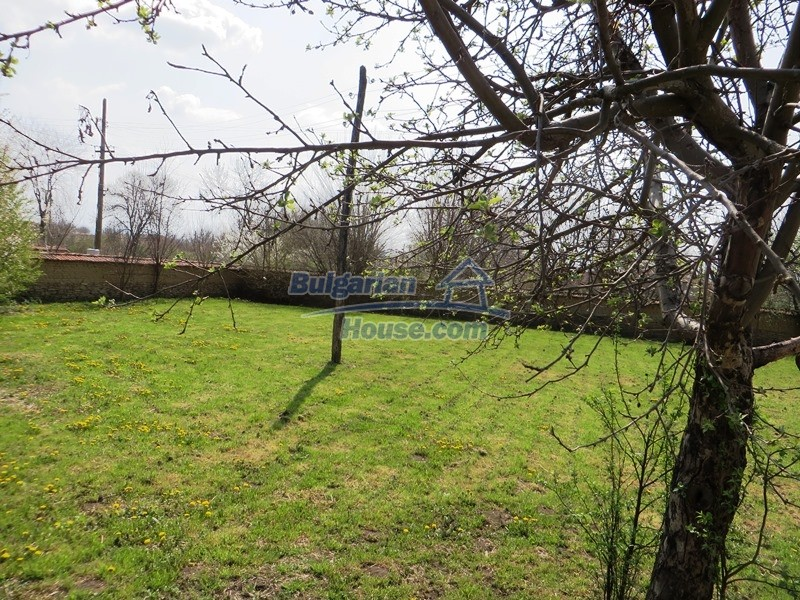 12592:34 - Partly renovated 3 bedrooms house 24 km from Veliko Tarnovo