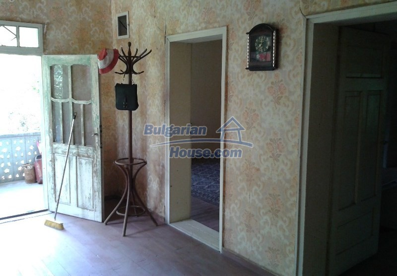 12332:5 - Two storey Bulgarian property near Plovdiv