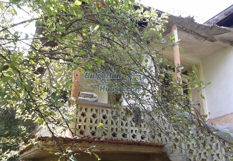 12332:7 - Two storey Bulgarian property near Plovdiv