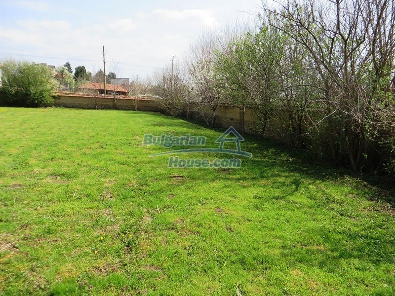12592:43 - Partly renovated 3 bedrooms house 24 km from Veliko Tarnovo