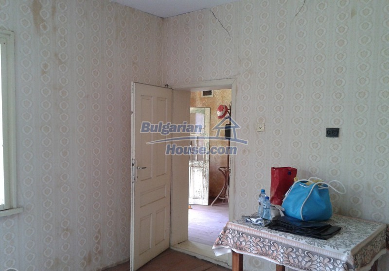 12332:12 - Two storey Bulgarian property near Plovdiv