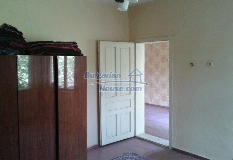 12332:10 - Two storey Bulgarian property near Plovdiv