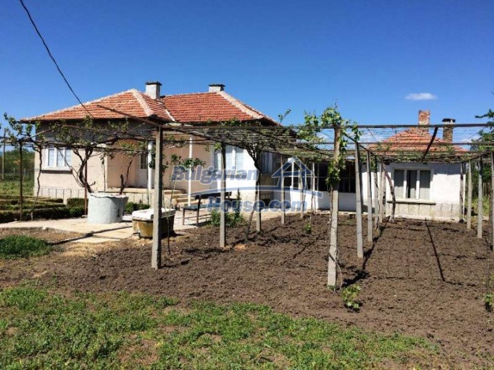 11091:18 - Charming rural property for sale in Sliven Region