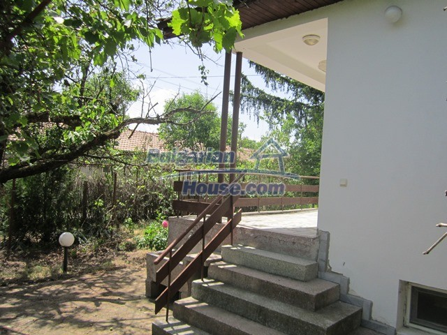 11099:10 - Renovated rural house with landscaped garden, Targovishte region