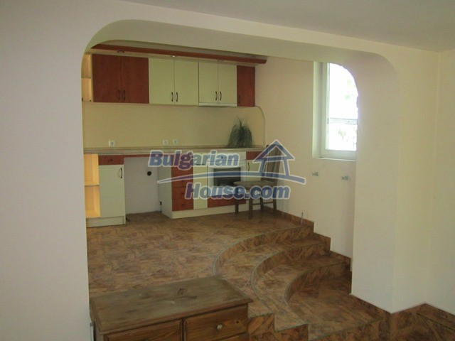 11099:14 - Renovated rural house with landscaped garden, Targovishte region