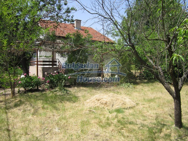11099:23 - Renovated rural house with landscaped garden, Targovishte region