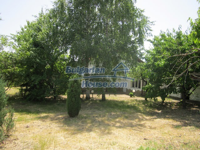 11099:25 - Renovated rural house with landscaped garden, Targovishte region