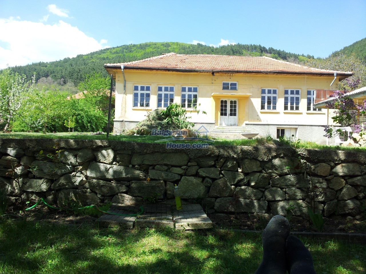 10431:1 - Fascinating Bulgarian property for sale near Kazanlak