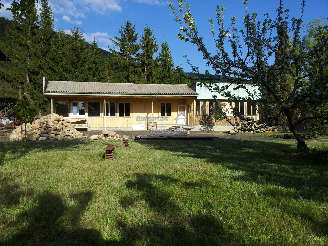 10431:7 - Fascinating Bulgarian property for sale near Kazanlak