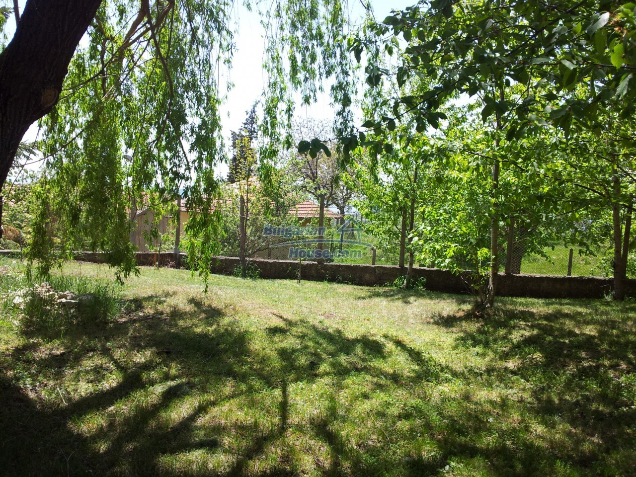10431:12 - Fascinating Bulgarian property for sale near Kazanlak