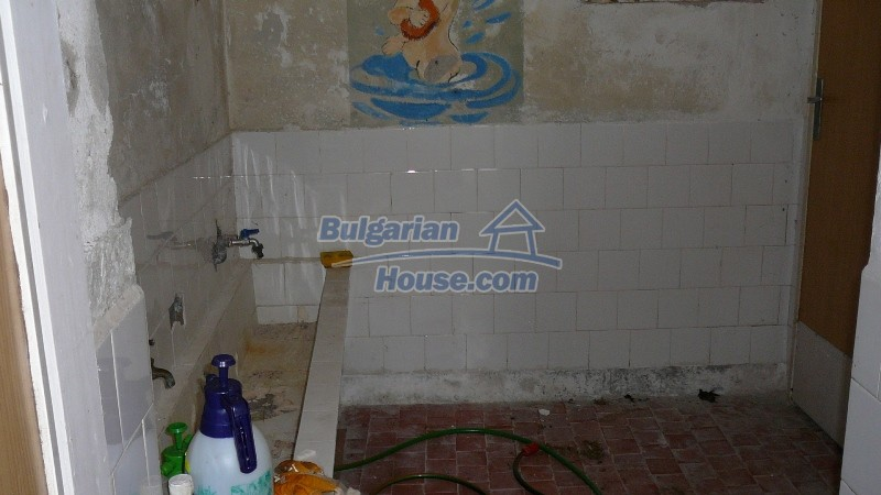 10431:29 - Fascinating Bulgarian property for sale near Kazanlak