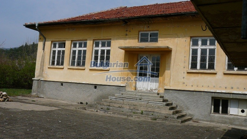 10431:25 - Fascinating Bulgarian property for sale near Kazanlak