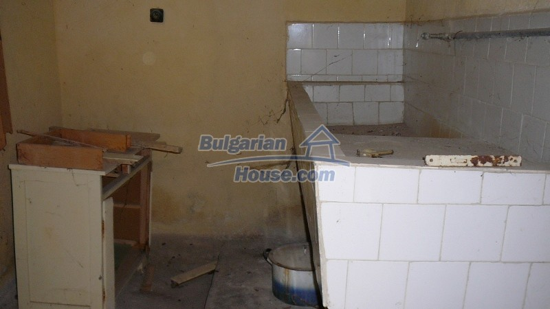 10431:36 - Fascinating Bulgarian property for sale near Kazanlak