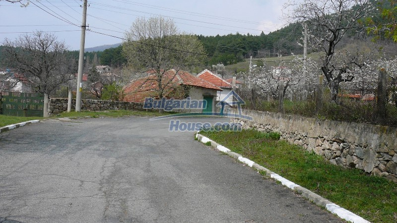 10431:18 - Fascinating Bulgarian property for sale near Kazanlak