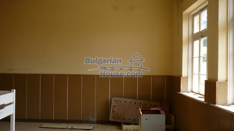 10431:54 - Fascinating Bulgarian property for sale near Kazanlak