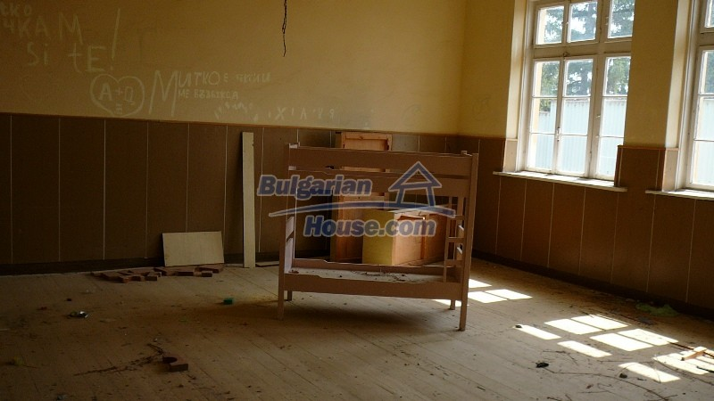 10431:43 - Fascinating Bulgarian property for sale near Kazanlak