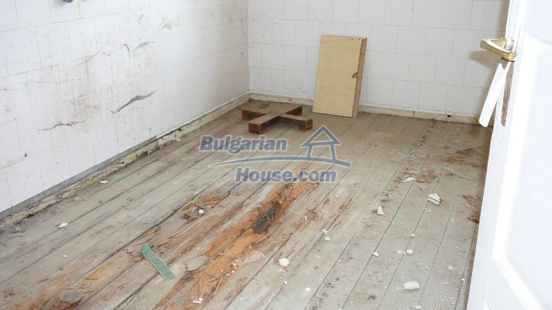10431:45 - Fascinating Bulgarian property for sale near Kazanlak
