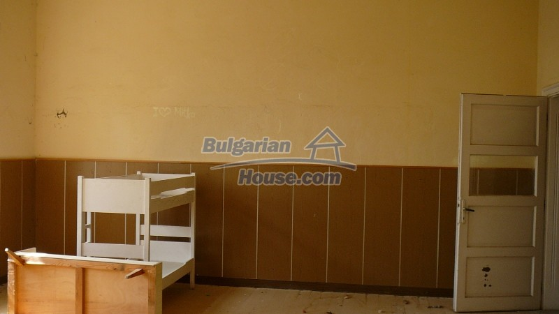 10431:44 - Fascinating Bulgarian property for sale near Kazanlak