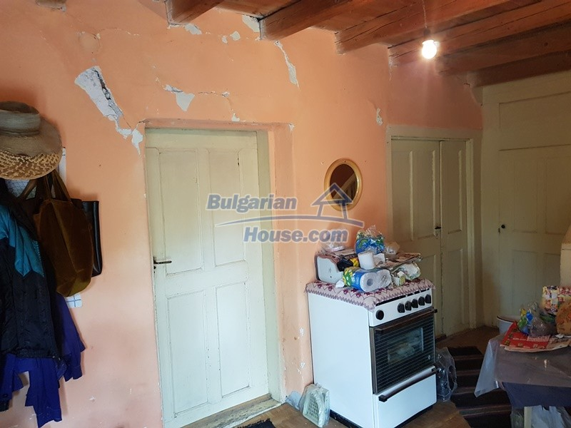 12766:10 - Cozy Bulgarian house for sale between Plovdiv & Stara Zagora