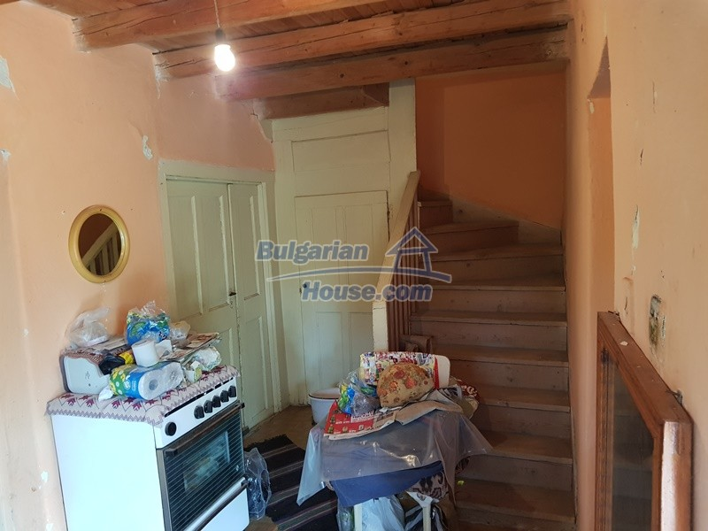 12766:9 - Cozy Bulgarian house for sale between Plovdiv & Stara Zagora