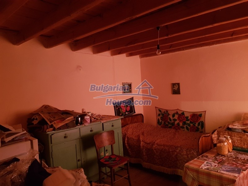 12766:13 - Cozy Bulgarian house for sale between Plovdiv & Stara Zagora