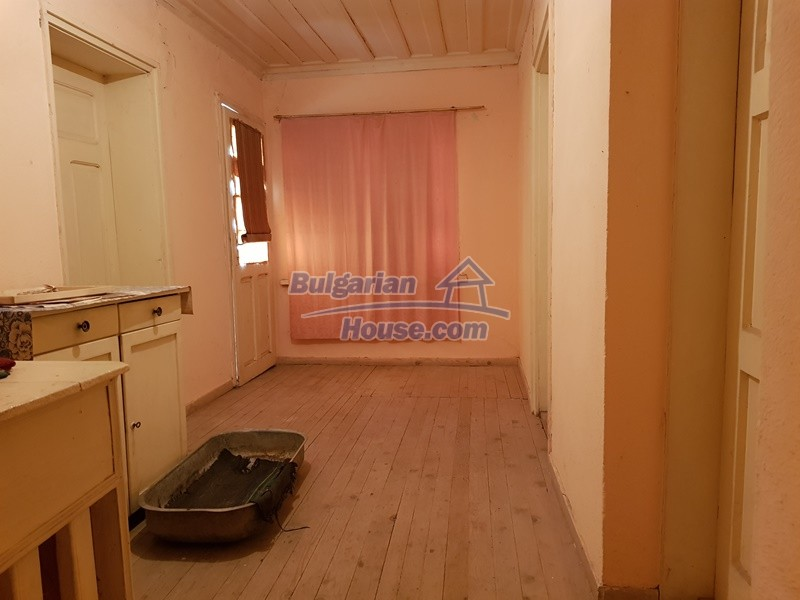 12766:26 - Cozy Bulgarian house for sale between Plovdiv & Stara Zagora