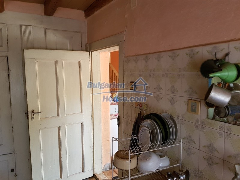 12766:20 - Cozy Bulgarian house for sale between Plovdiv & Stara Zagora