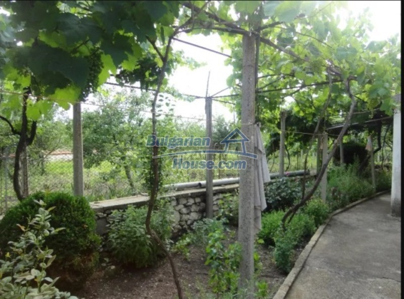 12766:41 - Cozy Bulgarian house for sale between Plovdiv & Stara Zagora