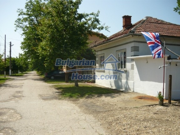 11847:1 - Lovely furnished house with swimming pool near Danube River