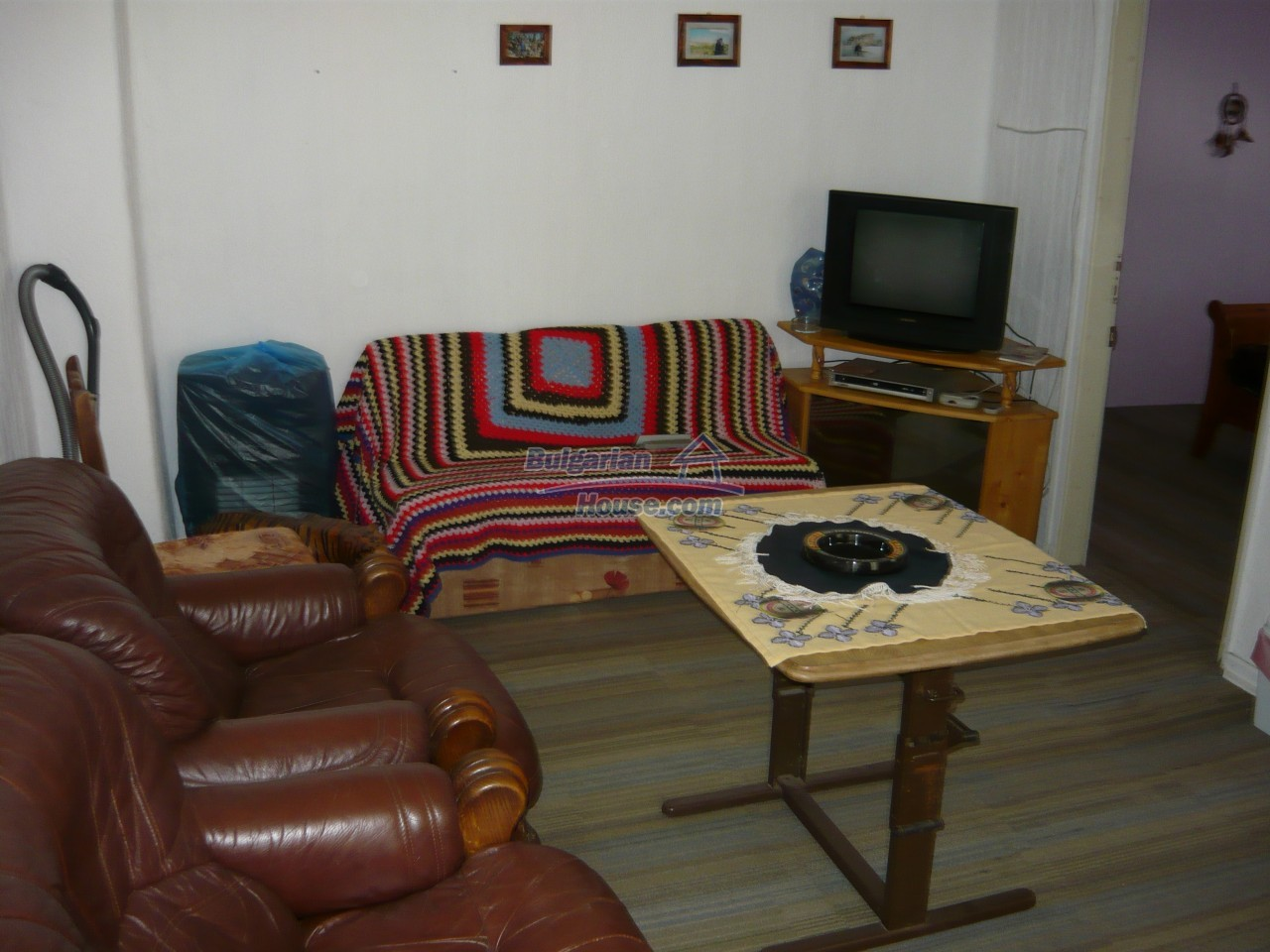 11847:20 - Lovely furnished house with swimming pool near Danube River