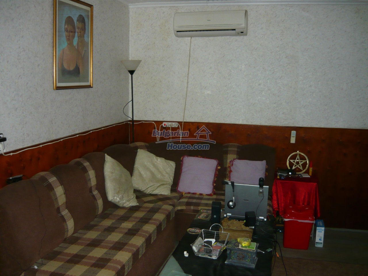 11847:22 - Lovely furnished house with swimming pool near Danube River