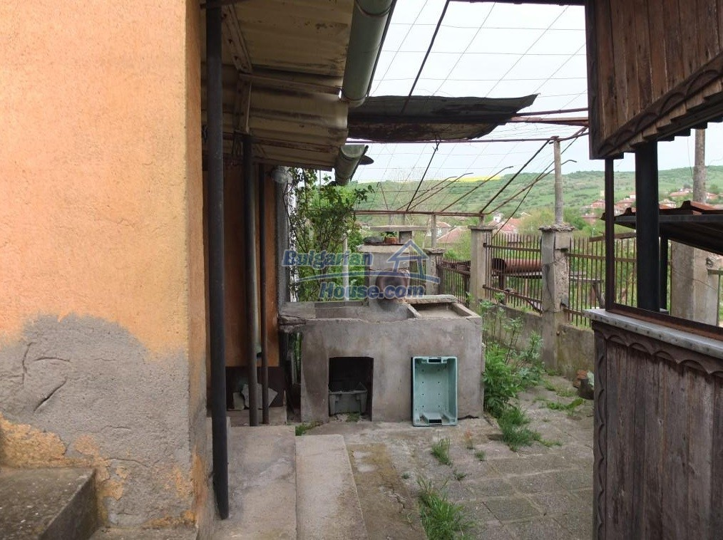 12643:48 - Property for sale 25km from the sea and 32 from Burgas