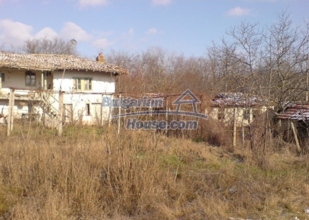 11147:3 - Pretty old house only 20 m from a river near Shoumen