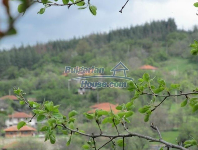 12728:9 - Bulgarian property for sale with marvellous views and big garden