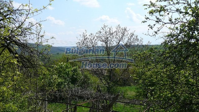 11067:9 - Cheap Bulgarian house for sale,stunning mountain views near lake