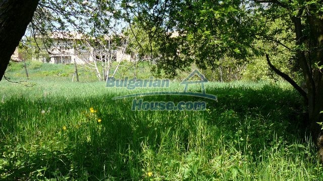 11067:27 - Cheap Bulgarian house for sale,stunning mountain views near lake