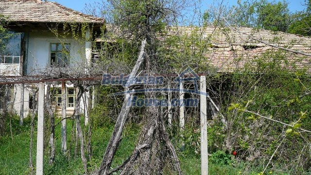 11067:7 - Cheap Bulgarian house for sale,stunning mountain views near lake
