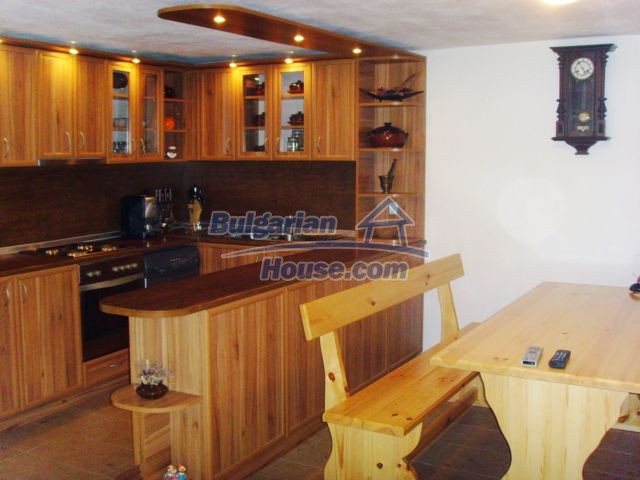 11055:16 - Gorgeous furnished and equipped house near Lovech