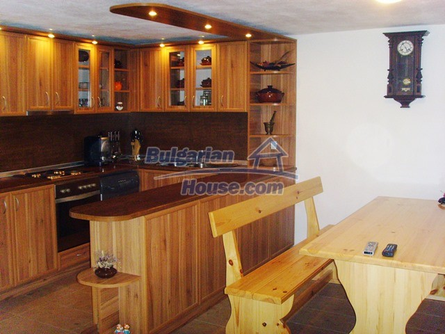 11055:35 - Gorgeous furnished and equipped house near Lovech
