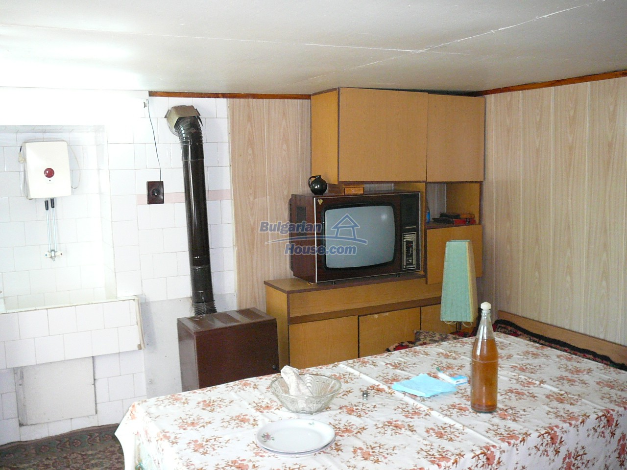 12527:8 - House  in good condition Stara Zagora region 55km to Plovdiv