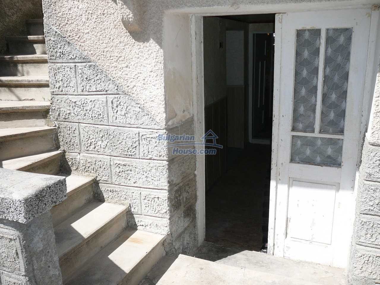 12527:4 - House  in good condition Stara Zagora region 55km to Plovdiv
